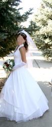 Продаю элегантное свадебное платье