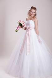 Свадебные платья оптом. Новые.  Цены докризисные.
