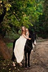 Покататься на лошадях в Ростове,  верховая езда