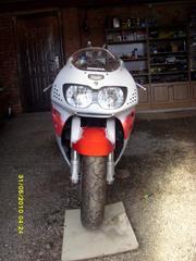 Продаю Honda CBR-900 RR